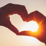 પ્રેમ જેટલો વહે એટલોજ સારો; પ્રેમને કોઈ વ્યાખ્યામાં ન બાંધો
